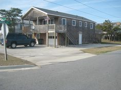 Kill Devil Hills Vacation Rental - VRBO 182024ha - 4 BR Northern Coast & Outer Banks House in NC, Charming and Affordable Vacation Getaway - Very cheap, $1000 seems to cover all, though it is in KDH which has the most crowded beaches