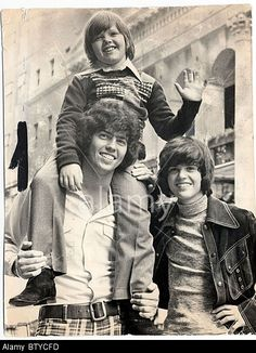 Little Jimmy Osmond With Alan And Donny Bands Brothers Pop Groups Stock Photo, Picture And Royalty Free Image. Pic. 32564657