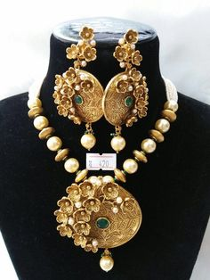 Gold Jewelry From Egypt Code: 6280202902 Real Gold Jewelry, Gold Jewellery Design, Trendy Jewelry, Fashion Jewelry, Antic Jewellery, Bridal Jewellery, Pearl Jewelry, Gold Pendant Necklace, Pendant Set