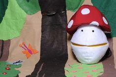 מתוך הצגת ילדים המבוססת על הסיפור האהוב 'הביצה שהתחפשה', מאת דן פגיס. ההצגה מתאימה לגילאי 2-7 ואורכת כ 40 דקות