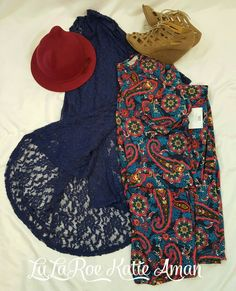 LuLaRoe Katie Aman / LuLaRoe style inspiration/ Fall / Fall Style Inspiration / Fall Fashion / Boots / Booties / Lindsay kimono / Ana Dress / Hat