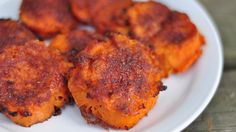 Smashed Sweet Potatoes-Spicy, sweet, crunchy outside - These are absolutely the best way I've had sweet potatoes. So yummy. Everyone should try making sweet potatoes this way! Think Food, I Love Food, Good Food, Yummy Food, Great Recipes, Vegetarian Recipes, Cooking Recipes, Favorite Recipes, Healthy Recipes