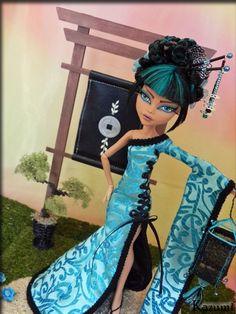 Kazumi* Custom Japanese Monster High Cleo de Nile by ~KrisKreations on deviantART
