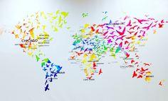 Belle création de Turkish airlines a l'aéroport de Toulouse !  Le monde est plus beau en couleur !