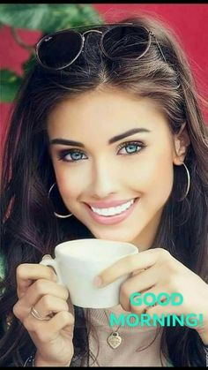 Good Morning Coffee, Good Morning Picture, Morning Pictures, Good Morning Quotes, Java Tea, Coffee Girl, Brunette Beauty, Woman Painting, Female Portrait
