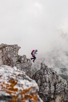 The North Face extreme hiking Trekking, Dreamland, The Mountains Are Calling, Amazing Pics, Adventure Is Out There, Plein Air, Go Outside, Outdoor Life, The Places Youll Go