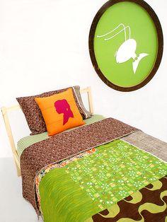 cute silhouette pillow...