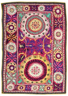 Suzanis Gallery: Suzani, Vintage, Hand-woven in Uzbekistan; size: 5 feet 11 inch(es) x 8 feet 5 inch(es)