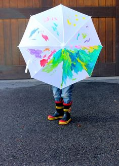 Birthday Party Activity: DIY Painted Umbrellas