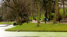 #Brussels #Brüssel #Bruxelles #Brussel #Flandern #Flanders #Vlaanderen #Belgien #Belgium #Belgique #België #Europa #EU #Europe #Etterbeek #Ixelles #Elsene #Walk #Spaziergang #Fritten #Chips #Leopoldpark #Park #parc #water #wasser #teich