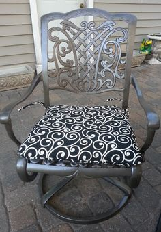 DIY & Tutorial to make over pato chairs :: Cranky Puppy Farm