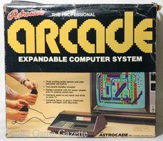 El Astrocade es una consola de videojuegos Designado originalmente como Bally Home Library Computer, que fue lanzado en 1977, pero disponible sólo a través de pedidos por correo. Los retrasos en la producción de ninguna de las unidades enviadas realmente hasta 1978 significaban, y en ese momento la máquina se había cambiado el nombre de Bally Profesional Arcade.