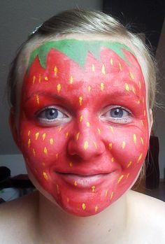 Erdbeere schminken Schritt 3