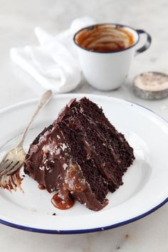 chocOlate & salted caramel cake