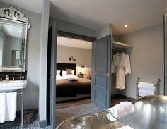 Room 1, The Wheatsheaf Inn, Cotswolds (© Mr and Mrs Smith) £100