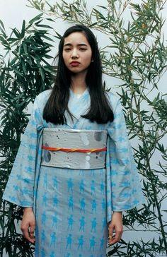 Fresh Yukata Looks for the Season. Anrealage, Mintdesigns and Fan Fiction, Japanese Kimono, Japanese Girl, Japan Fashion, Girl Fashion, Nana Komatsu Fashion, Komatsu Nana, Oriental Dress, Modern Kimono