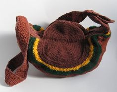 Hand-woven bag in autumn colors with wide by ColouredAccessories