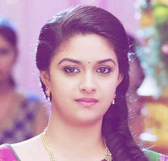 Keerthy Suresh Latest Hot HD Photos/Wallpapers - My Best Makeup List Most Beautiful Bollywood Actress, Bollywood Actress Hot Photos, Beautiful Actresses, Indian Actress Images, South Indian Actress Hot, Beautiful Girl Photo, Beautiful Girl Indian, Beautiful Heroine, Beauty Full Girl