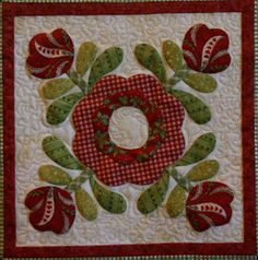 Hello Everyone, This quilt is called Christmas Windows by Brandywine Designs . This is my favorite Christmas quilt that I made several ye. Small Quilts, Mini Quilts, Wool Applique, Applique Quilts, Quilt Block Patterns, Quilt Blocks, Flower Quilts, Rose Of Sharon, Applique Designs