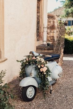 The breathtaking views of this Italian destination wedding have us ready to travel! A neutral color palette with lots of greenery and pops of pink gives an organic feel. The stunning architecture of the italian castle adds texture and interest to this rom Vespa Wedding, Wedding Car, Wedding Events, Dream Wedding, Wedding Ideas, Wedding Favors, Budget Wedding, Wedding Table, Gold Wedding Theme