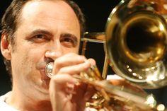 Sesc Consolação recebe o projeto Instrumental Sesc Brasil, com rica programação dedicada à música instrumental e suas diversas vertentes.