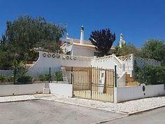 Villa in Vale Navio, Albufeira Holiday Lettings, Villas, Deck, Outdoor Decor, Home Decor, Ship, Mansions, Front Porch, Decks