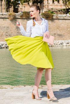Fusta midi cu buzunare galbena Waist Skirt, High Waisted Skirt, Skirts, Vintage, Style, Fashion, Swag, Moda, Skirt