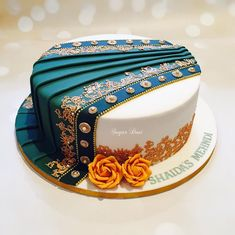 A Cake For Your Mehendi? YES, this is a thing now! - The Urban Guide Get all the ideas on mehendi cake design here.From dholak shaped cake to sherwani shaped we have made a list of unique cake designs, that are perfect for a mehendi function. Indian Cake, Indian Wedding Cakes, Elegant Wedding Cakes, Wedding Cake Designs, Quirky Wedding, Desi Wedding, Wedding Things, Fondant Cake Designs, Fondant Cakes