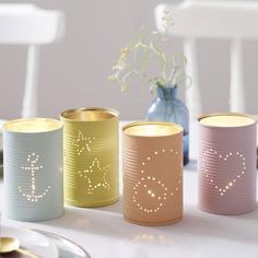 4 simple DIY ideas: Upcycling with tin cans- 4 einfache DIY-Ideen: Upcycling mit Konservendosen Tinker with old cans: You will not believe what a great decoration you can make from the cans. We have 4 DIY ideas to imitate. Upcycled Crafts, Upcycled Home Decor, Diy Home Decor, Home Decoration, Decor Crafts, Tin Can Crafts, Diy And Crafts, Crafts For Kids, Stick Crafts