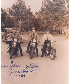 1959 Jonesboro, Arkansas- I think this says not Look at the car in the background and the motorcycles. Police Life, Police Cars, Jonesboro Arkansas, Police Lives Matter, Proud Wife, State Police, Emergency Vehicles, Old Dogs, Usmc