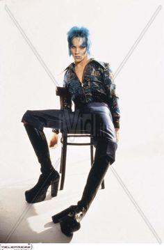 Jonathan Rhys Meyers in 'Velvet Goldmine' - Google Search Demon Costume, Jonathan Rhys Meyers, Iconic Movies, Movie Costumes, Movie Photo, Glam Rock, Alternative Fashion, Beautiful Boys, Costume Design