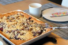 Puistolan bistro: Kuningatarpiirakka Banana Bread, Cereal, Breakfast, Desserts, Food, Morning Coffee, Tailgate Desserts, Deserts, Eten