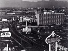 On the Strip in 1972, Pyramids Motel can be seen before being razed to make way for Holiday Inn's River Queen Casino and Holiday Casino