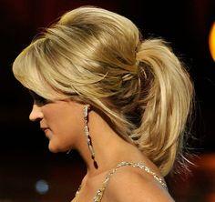 Carrie Underwood Loose Ponytail - Carrie Underwood Updos - StyleBistro