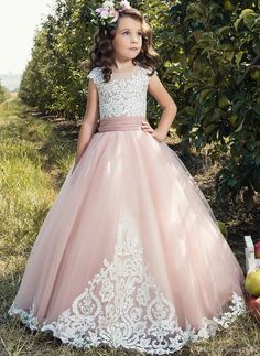 2017 Flower Girl Dresses For Weddings tulle pink Applique Cap Sleeve Kids Ball Gown bow First Communion Dress Pageant Gowns Yellow Flower Girl Dresses, Girls White Dress, Wedding Flower Girl Dresses, Little Girl Dresses, Lace Flower Girls, White Girls, Girls Pageant Dresses, Gowns For Girls, Pageant Gowns