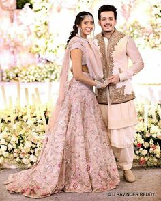Her lehnga❤ Couple Wedding Dress, Wedding Dresses Men Indian, Indian Bridal Outfits, Indian Gowns Dresses, Indian Bridal Lehenga, Pakistani Bridal, Wedding Suits, Bridal Dresses, Punjabi Wedding