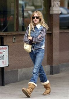 2297425a761 53 Best How To... Uggs images in 2014   Uggs, Ugg snow boots, UGG Boots