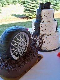 Para las parejas con mucho turismo carretera!! www.bodasnovias.com #pastel de bodas #bolo de casamento #torta de casamiento
