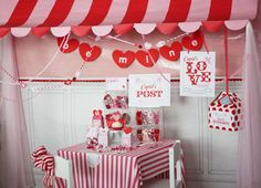 Valentines Day Party- Table setup
