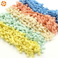 Goedkope 5 Meter/stuk Hot Koop 10 MM Pom Pom Trim Bal Fringe Lint DIY Naaien Accessoire Kant 17 Kleuren voor Home Party Decoratie, koop Kwaliteit   rechtstreeks van Leveranciers van China: 5Yards/Lot  Hot Sale 10MM Pom Pom Trim Ball Fringe Ribbon DIY Sewing Accessory Lace 17 Colors  For Home Party  Decoratio