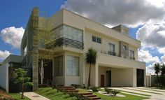 casa-fachada-moderna-vidro-telhado-embutido-sobrado-térrea-decor-salteado-1.jpg (820×499)