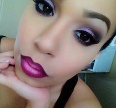 Ultimamente ando vendo muito em páginas sobre maquiagem e compartilhações no Facebook de imagens de bocas coloridas com duas tonalidades,...