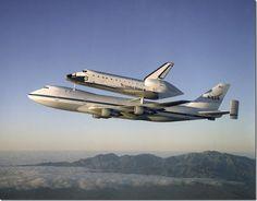 Atlantis_on_Shuttle_Carrier_Aircraft