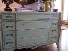 Savvy Southern Style: The Makeover Of A Chest