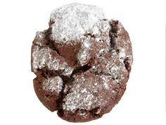 Chocolate Snowstorms (No. : Make Classic Chocolate Cookies (No. with dark brown sugar instead of granulated and teaspoon baking soda instead of baking powder. Roll finished cookies in confectioners' sugar. Easy Holiday Cookies, Easy Christmas Cookie Recipes, Christmas Cookie Exchange, Best Christmas Cookies, Xmas Cookies, Holiday Treats, Christmas Goodies, Christmas Treats, Christmas Stuff