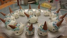 Narwhal cake pops can someone make these for my baby shower?
