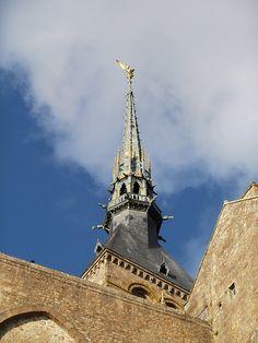 Mont Saint Michel, Basse Normandie, France. (la flèche, restaurée par mon arrière grand-père qui était architecte de Viollet le Duc ...)