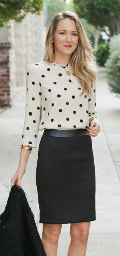 business kleider beige gepunktete bluse schwarzer rock schwarze jacke