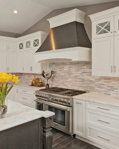 Beautiful Kitchen & Hood
