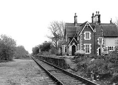 Old Train Station, Disused Stations, Abandoned Places, Old Photos, Railroad Tracks, Trains, Diesel, Scotland, Electric